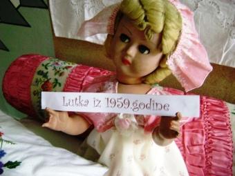 Lutka učiteljice Erne